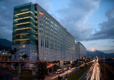 Edificio_Bancolombia_-_luces
